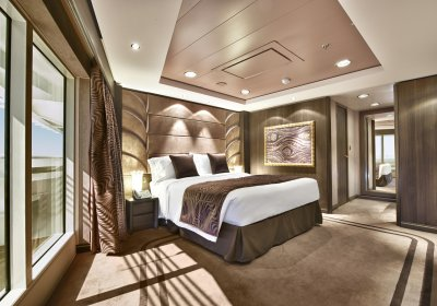 Yacht Club Executive & Family Suite