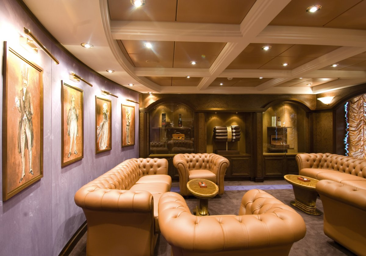 La Cubana Cigar Room